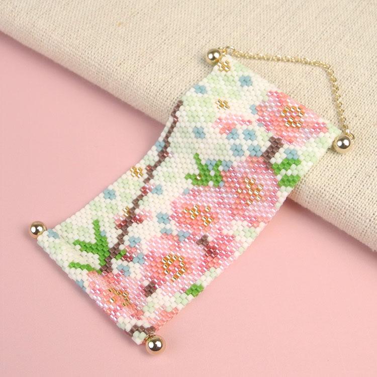 オリジナルキット / 〜ビーズステッチ〜 タペストリー 桃の花