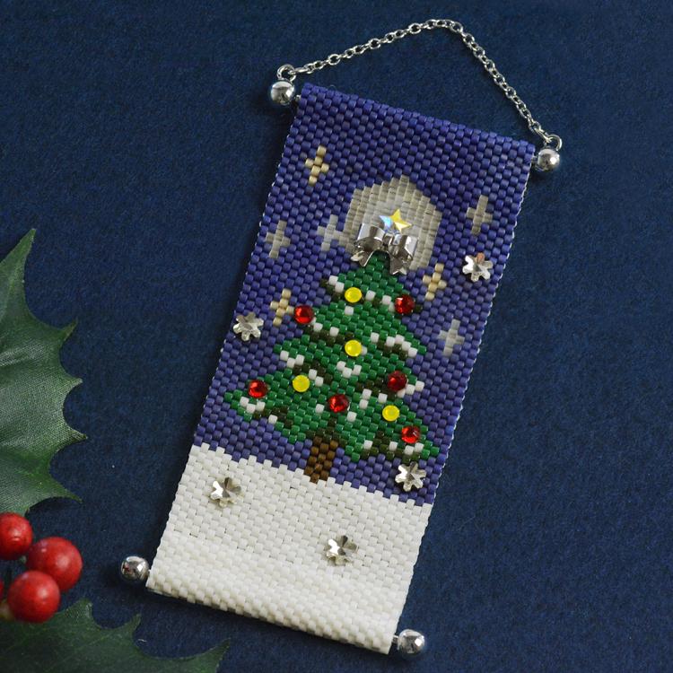 ビーズステッチ クリスマス タペストリー
